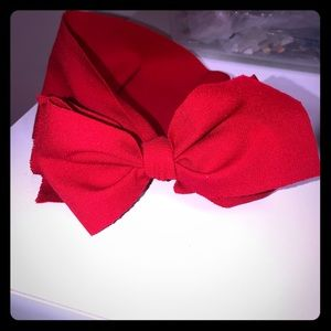A headwrap bow!!